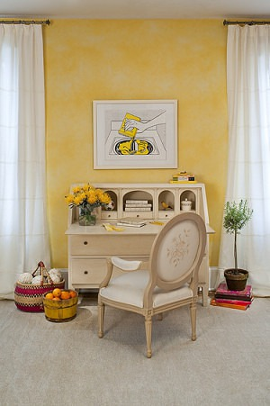 Casart coverings Yellow Colorwash temporary wallpaper_Drysdale Interior design_casartblog