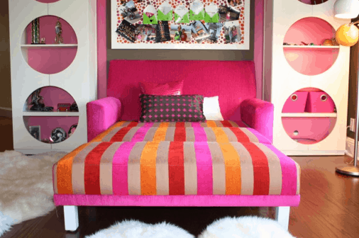 Grace Blu Design via Houzz, as seen on Slipcovers for your walls, casartblog