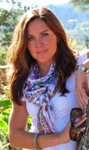 Megan-Blake via Megan Blake Design, as seen on Slipcovers for your walls, casartblog