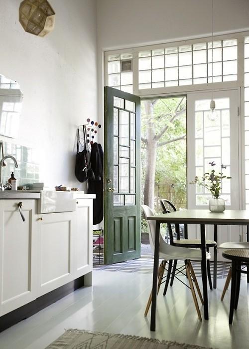 Anglo-inspired Kitchen_casartblog