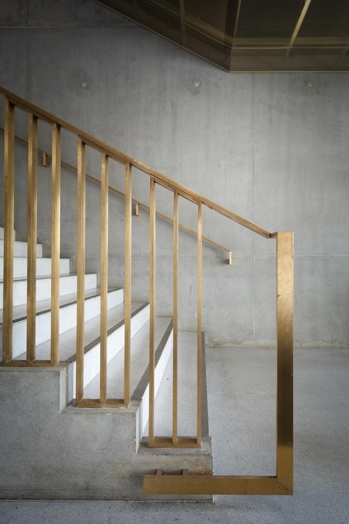 Modern Stair Gold Design_casartblog