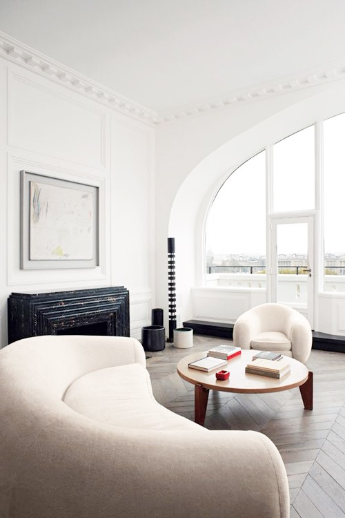 White rounded shaped room via life1nmotion