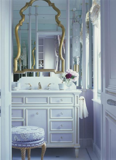 Modern Power room with mirrors and retro mirror frame via Lush Home on Slipcovers for your walls, casartblog