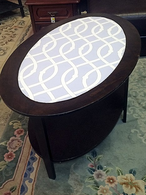 EV Home_Oval Table After Libby Langdon Lively Lattice Casart reusable wallcovering