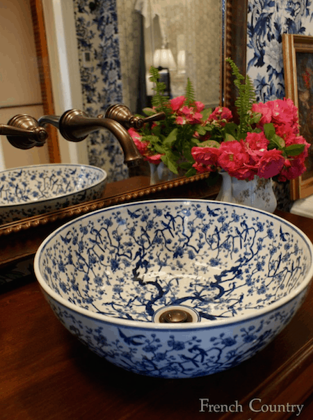 Blue and white porcelain sink via French Country Pine & Design on Houzz on casartblog