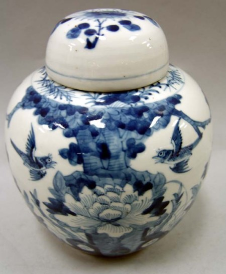 blue-white-ginger-jar_Nadeau auction