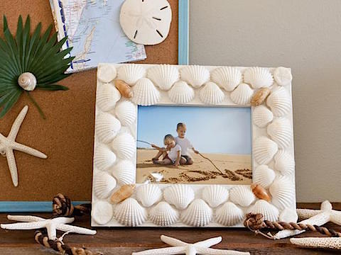 Layla Palmer Seashell Frame featured on HGTV, Slipcovers for your walls, casartblog