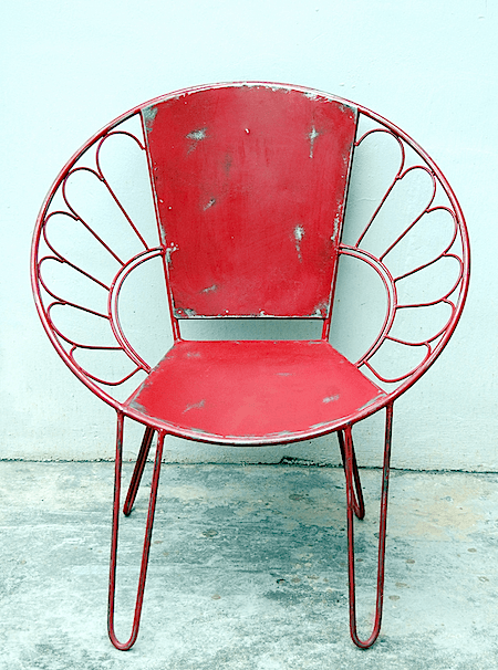 red metal chair_casartblog