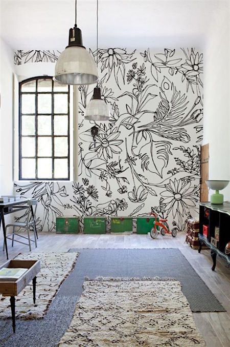 black and white outlines on wall in room_casartblog