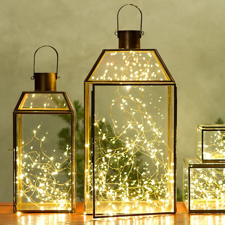 25-Gorgeous-Ways-to-Use-Christmas-Lights in lanterns_casartblog