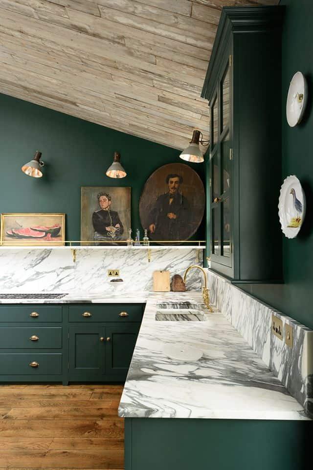 Dark Green kitchen via Studio McGee_casartblog