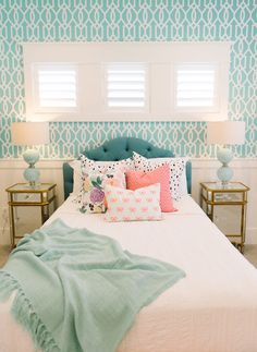 Lilly Allen Home in Millhaven Mixing Patterns on casartblog