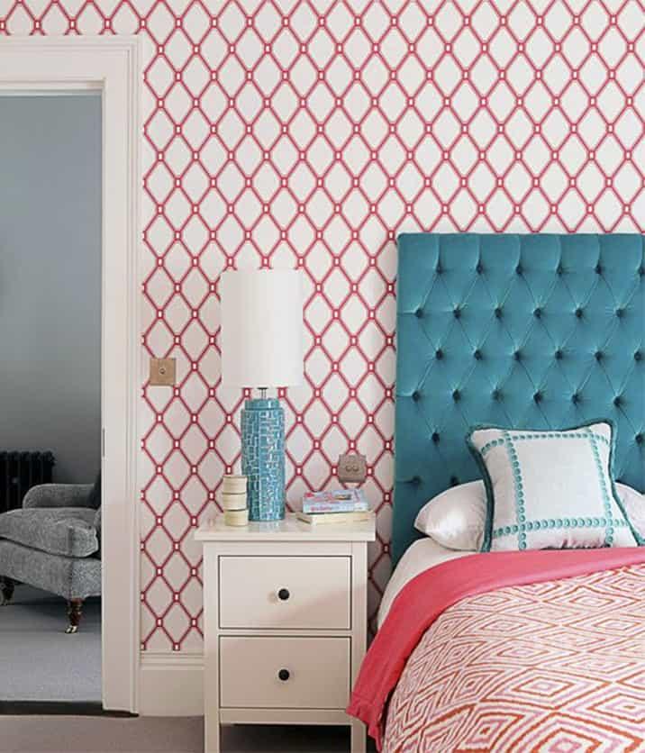 Teal and coral pink bedroom design by Genevieve Hurley of Regency House_casarblog