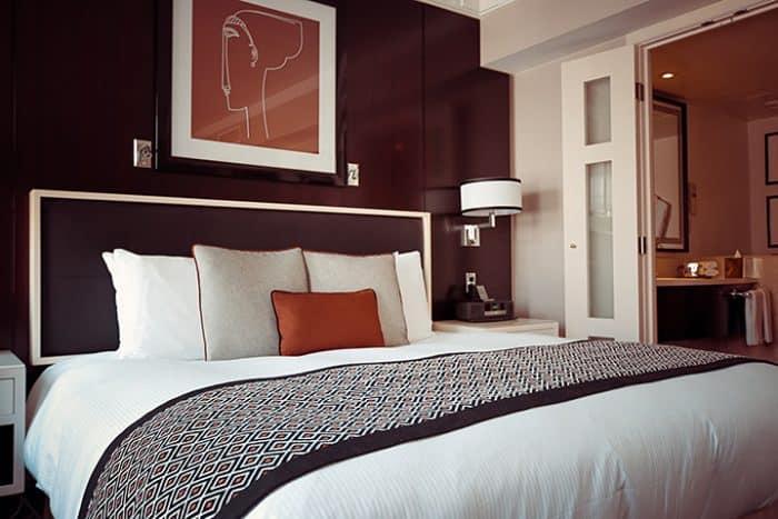 Hotel design Room via Olichel on Pixabay_casartblog