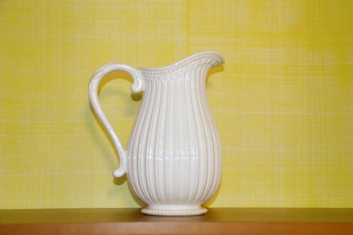 RSOL Designers Show House Detail of Jefferson Yellow Drysdale Signature Color Casart Faux Linen wallcovering_casartblog