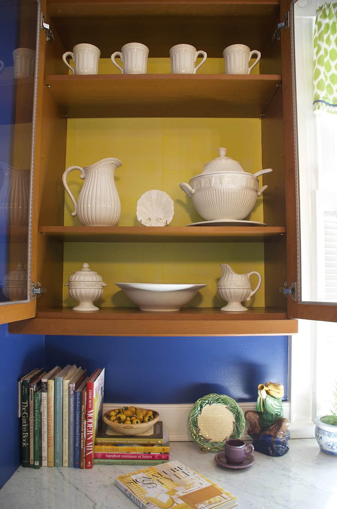 RSOL_Mary Douglas Drysdale's Jefferson Yellow Faux Linen for Casart removable wallpaper_casartblog