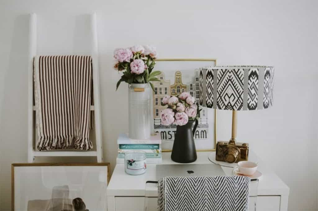 Casart covered in Refin Best Home Office Tips article