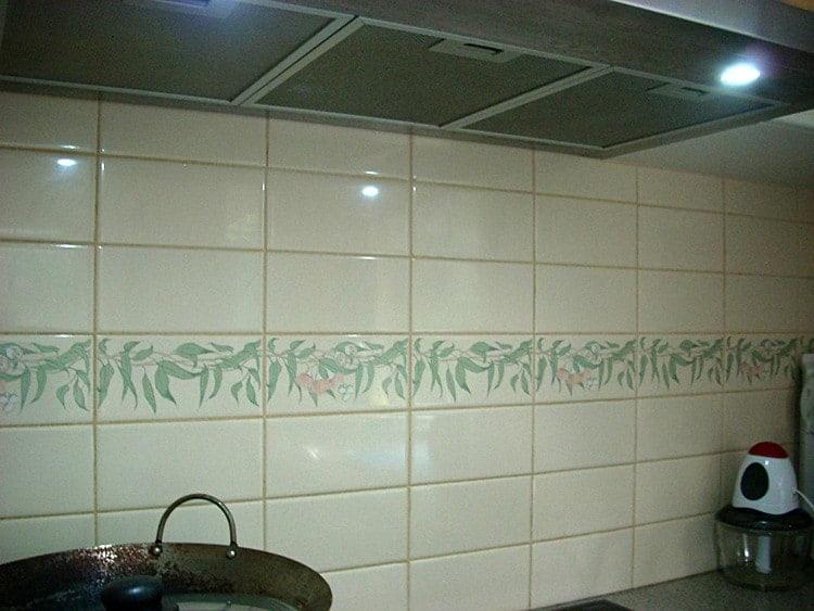 Backsplash before Casart faux tiles 1-customer gallery