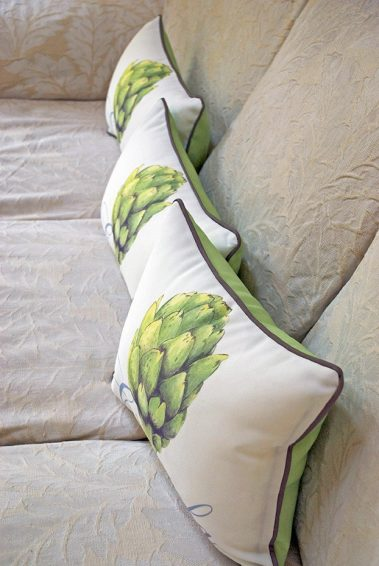 Casart coverings_3 side Artichaut Pillow covers