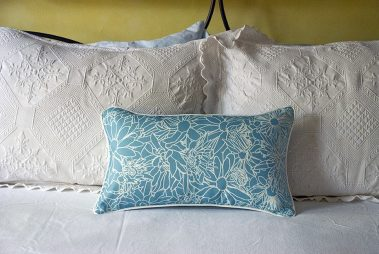 Casart coverings_LtBlue-white Flower Power Pillow