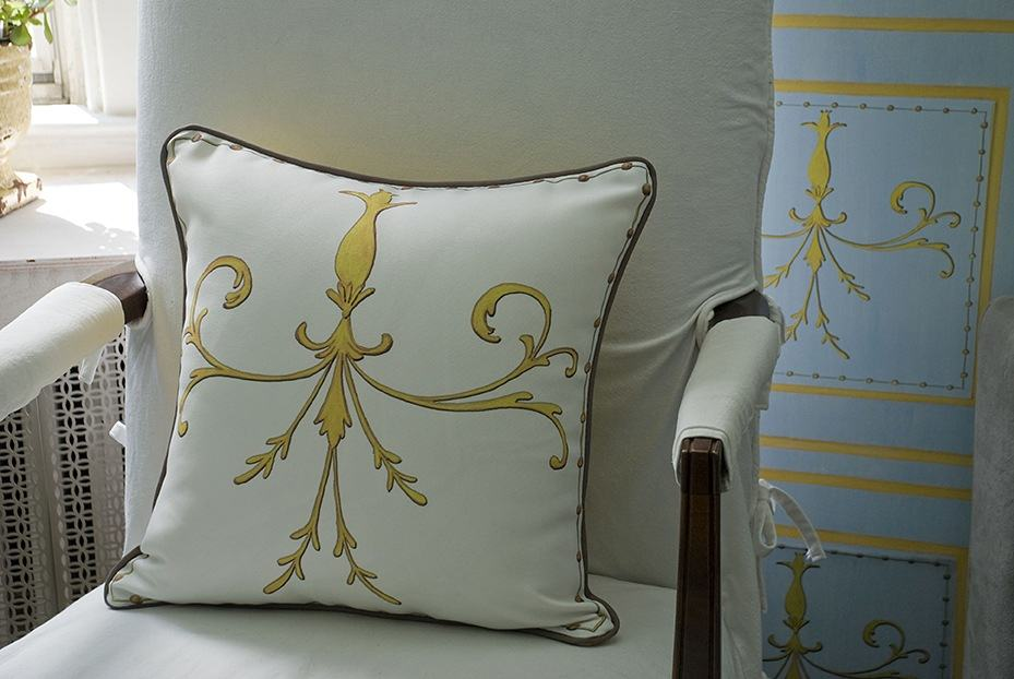 Casart coverings_Scroll Pillow_Faux Panel screen