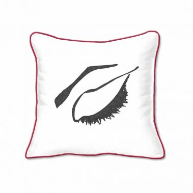 Casart Decor_Expressive Eyes 2-rtC-B_SQ-w-red_pillow slipcover