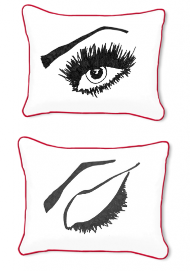 Casart Decor_Expressive Eyes R Reversible-14x18-red w_pillow slipcover