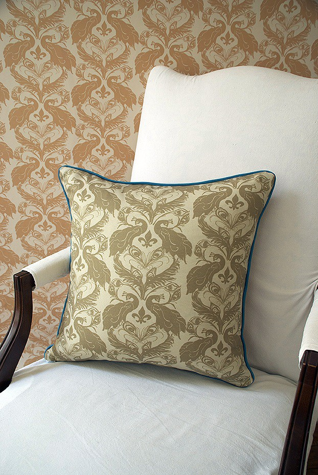 Casart decor Ginger Peacock Damask reversible, all-weather pillow cover