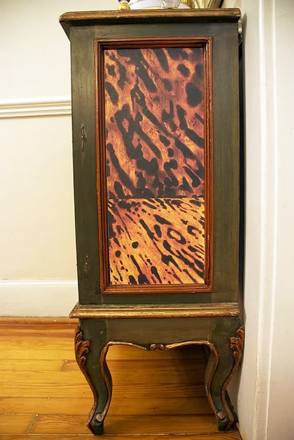 Casart coverings_Custom Tortoiseshell_CabinetDetail-After
