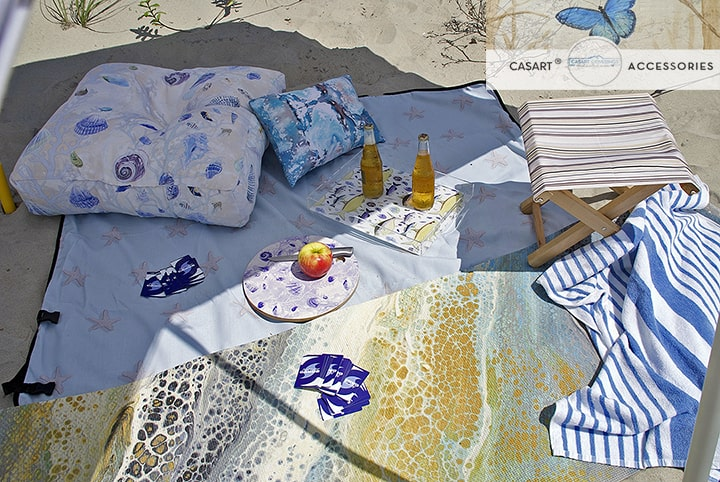 Casart Trays on beach detail